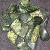 Камень Змеевик – магические свойства